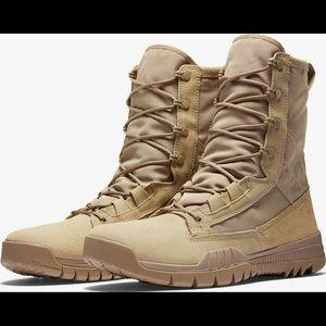 Nike SFB • British Khaki/Desert Boot
